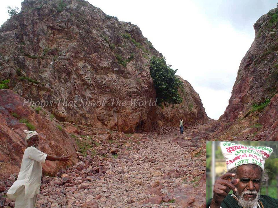 {Manjhi and his road.}